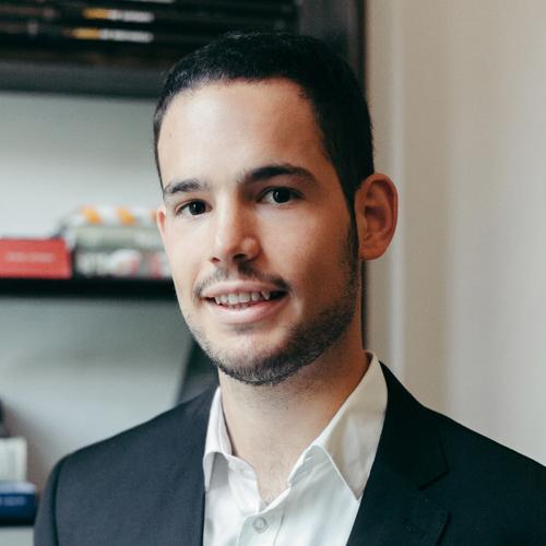 Esdras Cortés- Hospitality Consultant